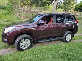 Toyota prado diesel en excelentes condiciones