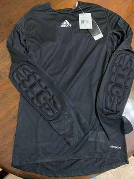 Camiseta adidas de futbol para arquero