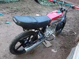Modelo  sxineray 150 com motor cg 200