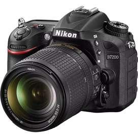 NIKON D7200 como nueva con lente 18 - 140mm