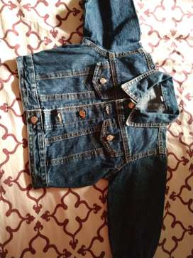 Campera jeans impecable