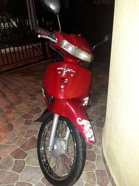 vendo moto suzuki vivax 115