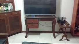 Mesa para tv casi sin uso