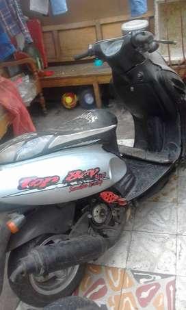 Vendo moto top boy