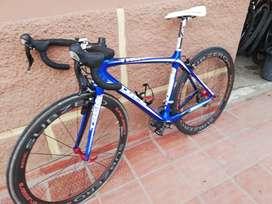 Bicicleta de Ruta en Carbono Trek Madona