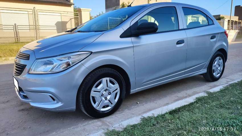Chevrolet Onix Joy LS + 2017