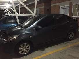 Se vende Mazda 2 sedán- mod 2011