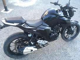 Yamaha FZ 25 excelente