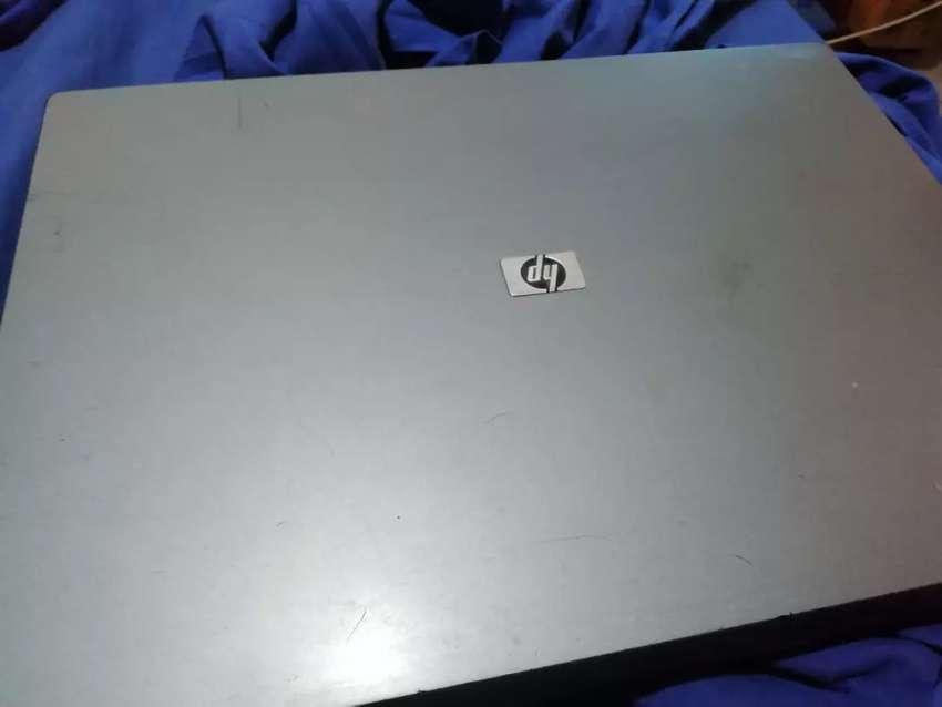 Vendo o permuto nootebook HP 530 0