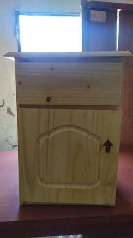 Mesas de luz nuevas todo madera