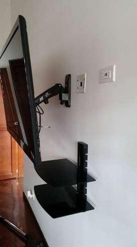 Soporte tv brazo flexigas y repisa en vidrio, instalacion inmediata.