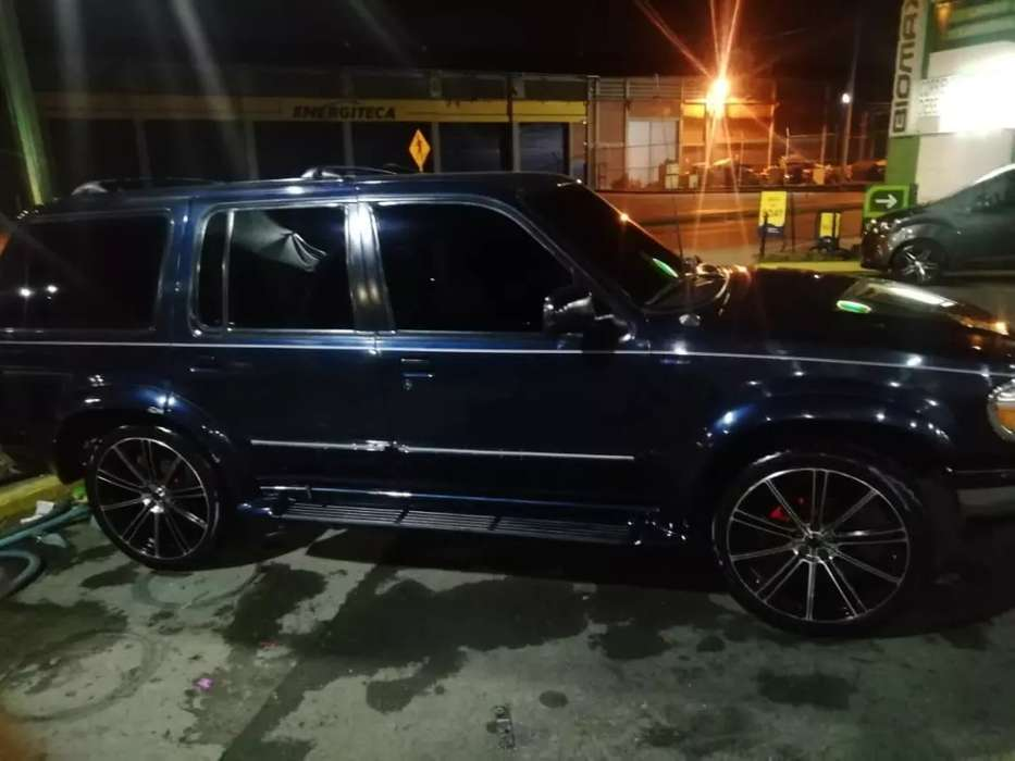 ford explorer exelentes condiciones 10 de 10, negociable