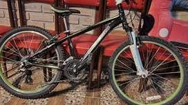 Vendo Bicicleta Marca Marin en excelentes condiciones (NEGOCIABLE)