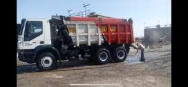 Volquete iveco trakker 420 , 6x4 18 metros cubicos