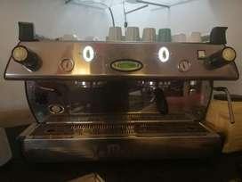 Maquina de café La Marzocco GB5 semi automática