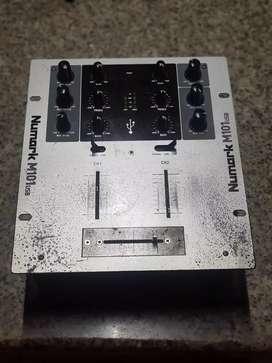Vendo mixer numark M101