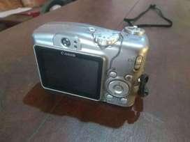 Cámara digital Canon a710
