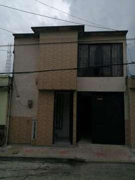 Casa de Dos Pisos en Santa Teresita