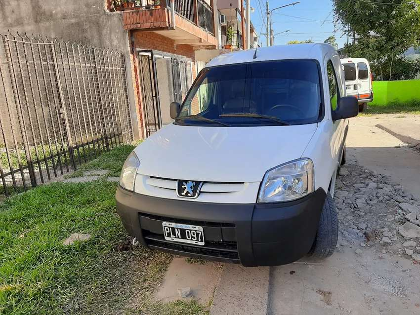 Vendo hermosa parnert hdi turbo diesel 0