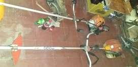 Trabajo cortando cesped y limpiando terrenos desmalezamiento en casas y demas lugares