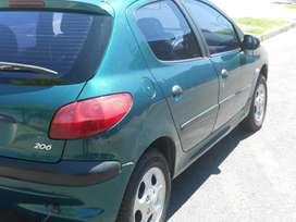 Peugeot 206 5 puertas nafta modelo 99