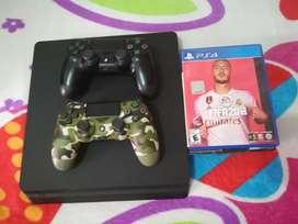 PS4 Slim 4 juegos 2 controles Ganga Solo efectivo