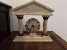 Hermoso Reloj de Piedra