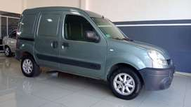 renault kangoo 5 asientos diesel/impecable/financio