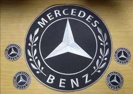 Aplique bordado en tela Mercedes Benz
