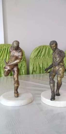 Escultura de bronce antiguo.