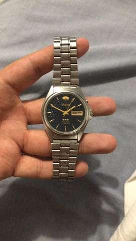 Vendo bonito reloj orient