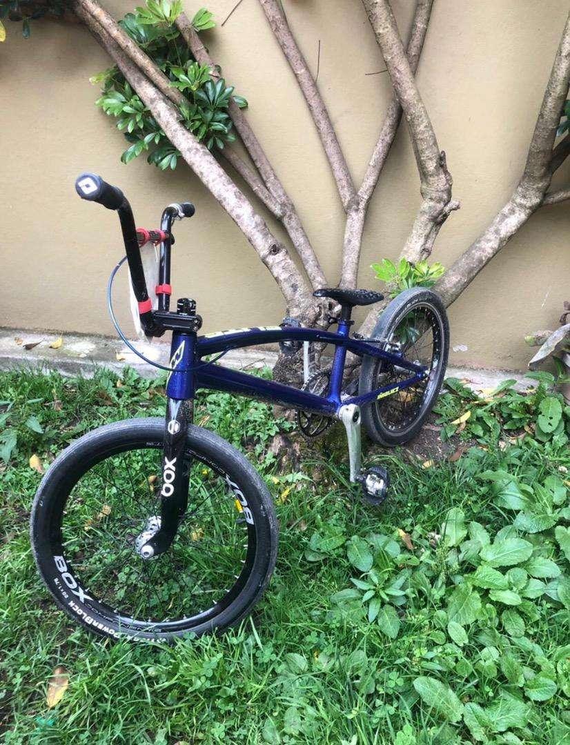 Bicicleta de bicicross o BMX 0