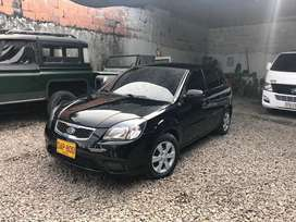 Vendo carro kia rio modelo 2011, documentos al dia