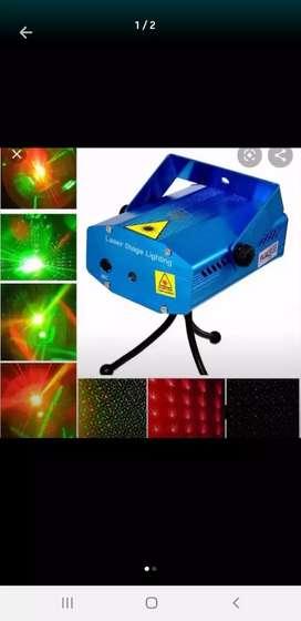 Proyector de luces ideal para fiestas o karaokes