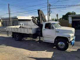 Camión con hidrogrua