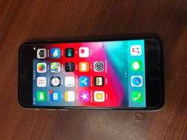 Vendo iphone 6 de 32 libre de todo estado10/10