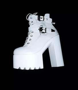 Botas de plataforma blancas