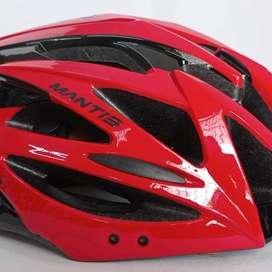 Vendemos cascos de todos los colores y diseños