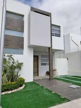 Alquilo casa en Manta sector con alta plusvalía