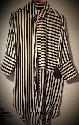 Camisa Larga Mujer. Zara. Nueva