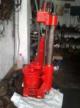 Rectificadora de cilindros portátil USA. Diam. 66 mm. A 128 mm.