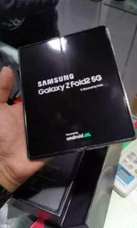 Pantalla dorada Samsung Fold 2