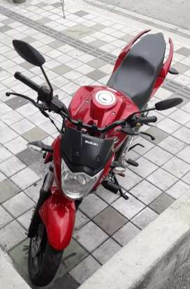 Hermosa Suzuki gixxer como nueva