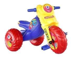 triciclo montable monster niño