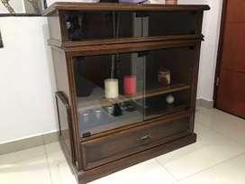 Mueble de cedro.
