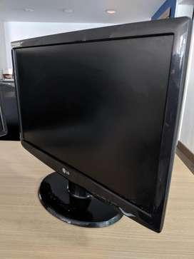 LG W2243S-PF