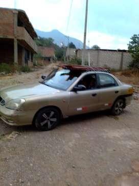 se vende auto daewoo