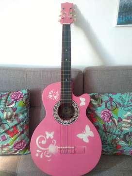 Guitarra se vende