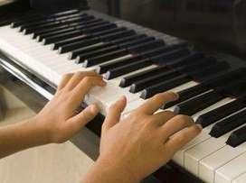***SE DICTA LECCIONES DE GUITARRA, PIANO Y ORGANO. EXCELENTE OPORTUNIDAD