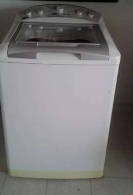 Se vende lavadora centrales de 40 libras